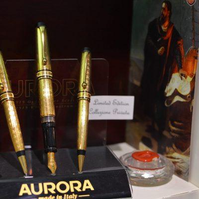 AURORA COLOMBO